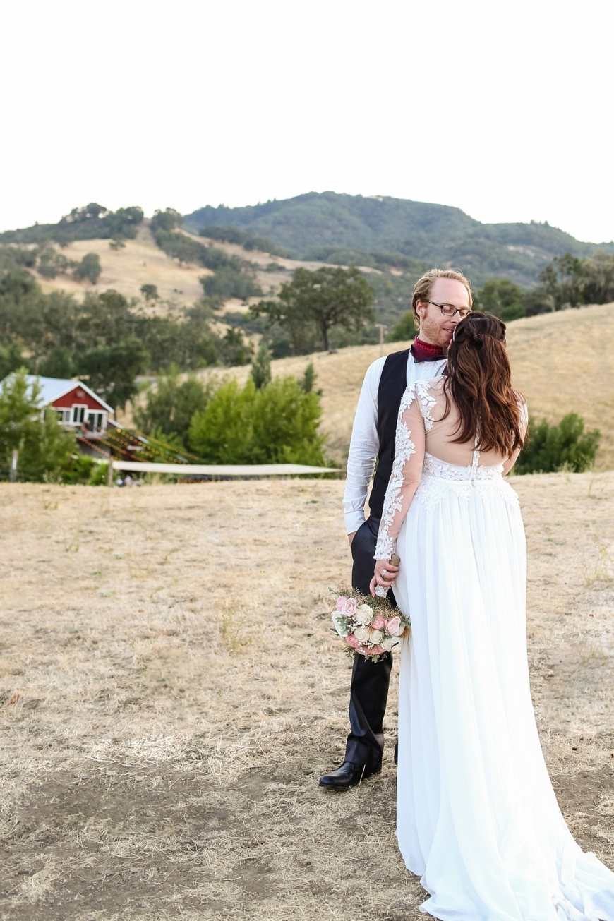Red-Barn-Ranch-Wedding_1112.jpg