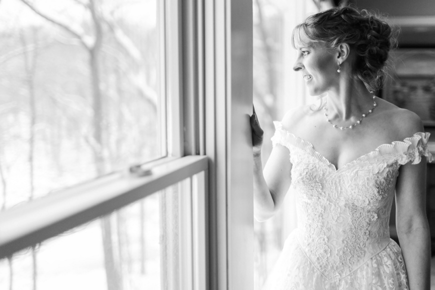 Kalamazoo-Winter-Wedding-Photographer_1014.jpg
