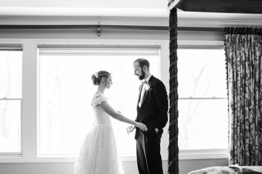 Kalamazoo-Winter-Wedding-Photographer_1039.jpg