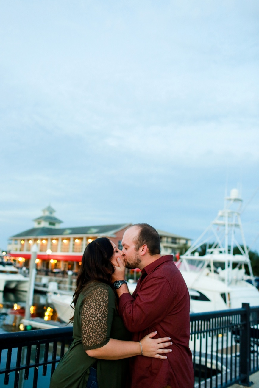 Pensacola-At-Home-Palafox-Pier-Engagement_0134.jpg