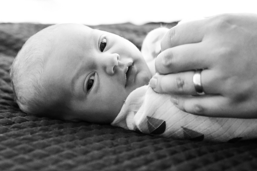 Emeryville-Newborn-Photographer_1042.jpg