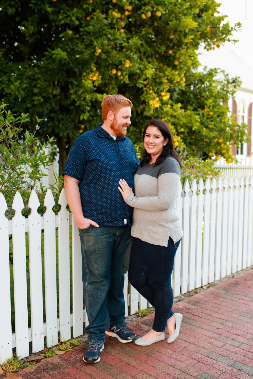 Downtown-Pensacola-Engagement-Photographer_1019.jpg
