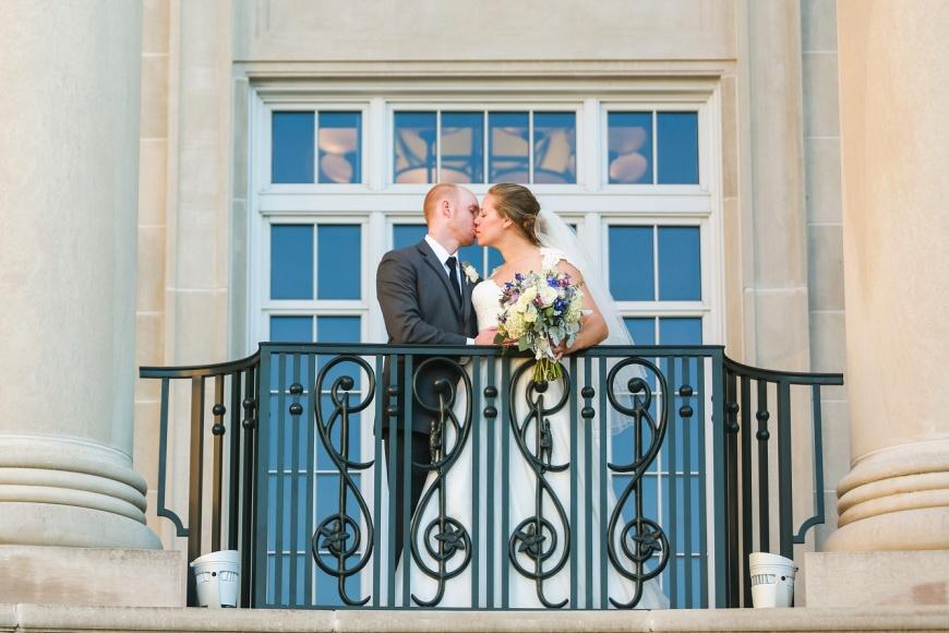 Charleston-Gaillard-Center-Wedding-Photographer_1096.jpg