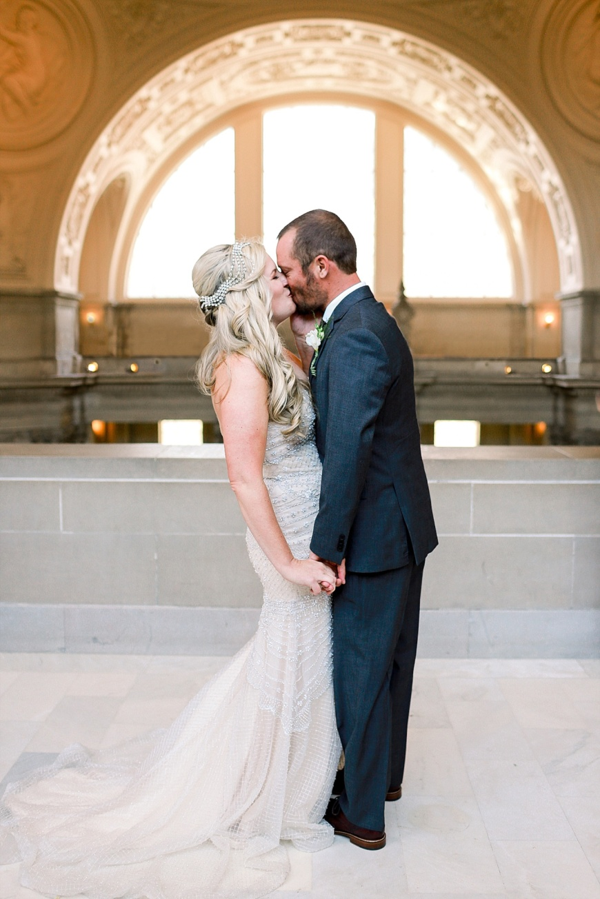 San-Francisco-City Hall-SF-Wedding-Photographer_1046.jpg